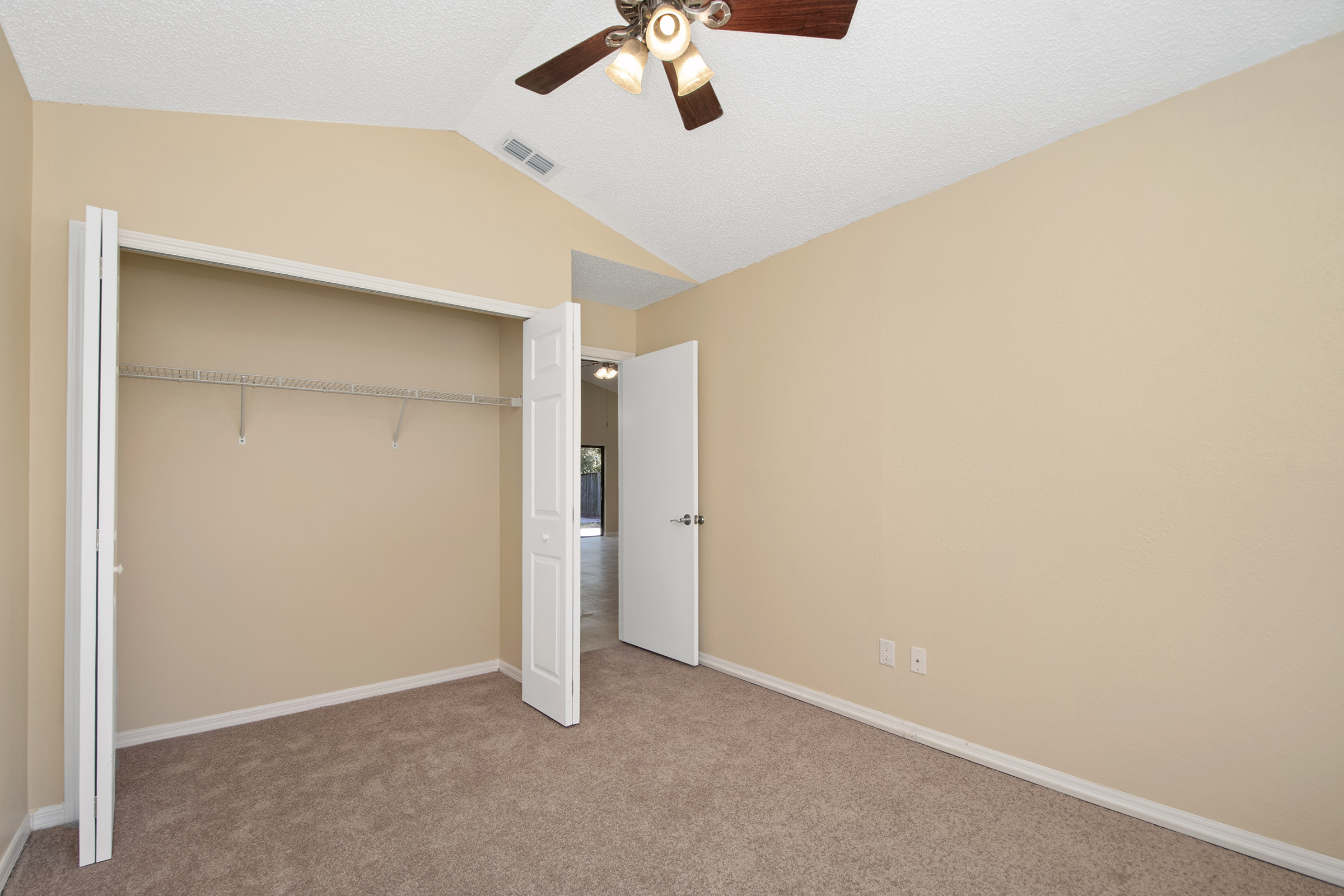 1006 Manigan Ave | Bedroom
