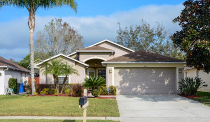 Front view of 509 Hampshire Lane Oviedo, FL 32765