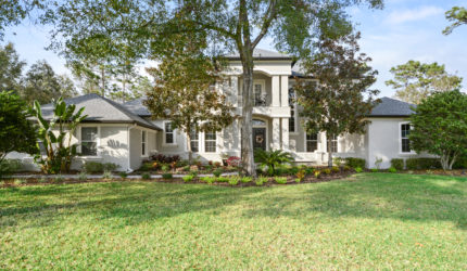 Front view of 826 Mills Estate Place, Chuluota, FL 32766