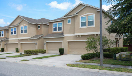 Front view of 136 Windflower Way, Oviedo, FL 32765