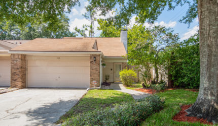 Front view of 5441 New Haven Ct, Orlando, FL 32812